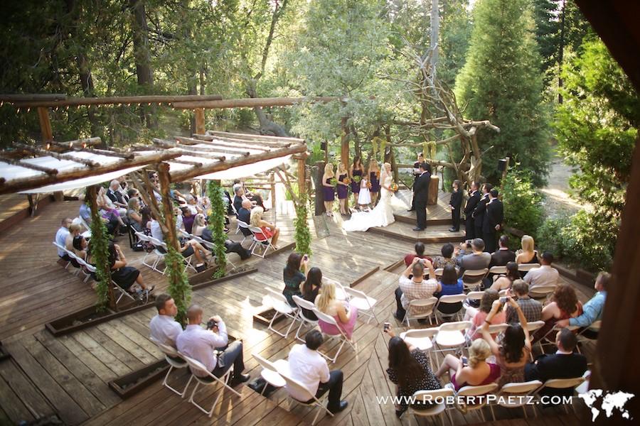 Heather ian rustic elegance robert paetz photography for Cabin wedding venues