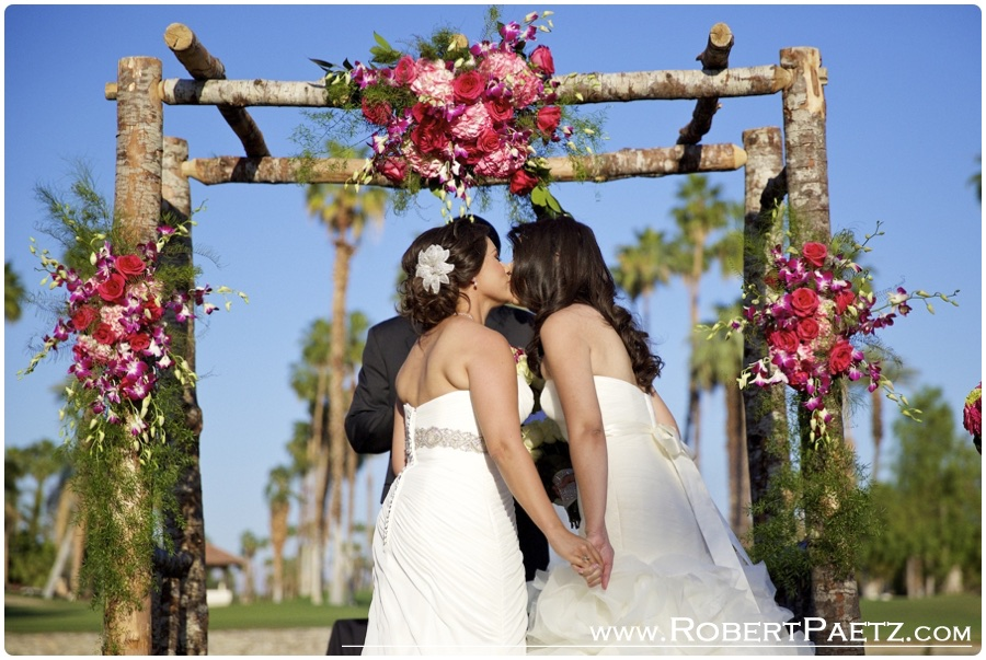 same, sex, lesbian, wedding, photography, photographer, moterey, country, club, palm, springs, desert, loveislove