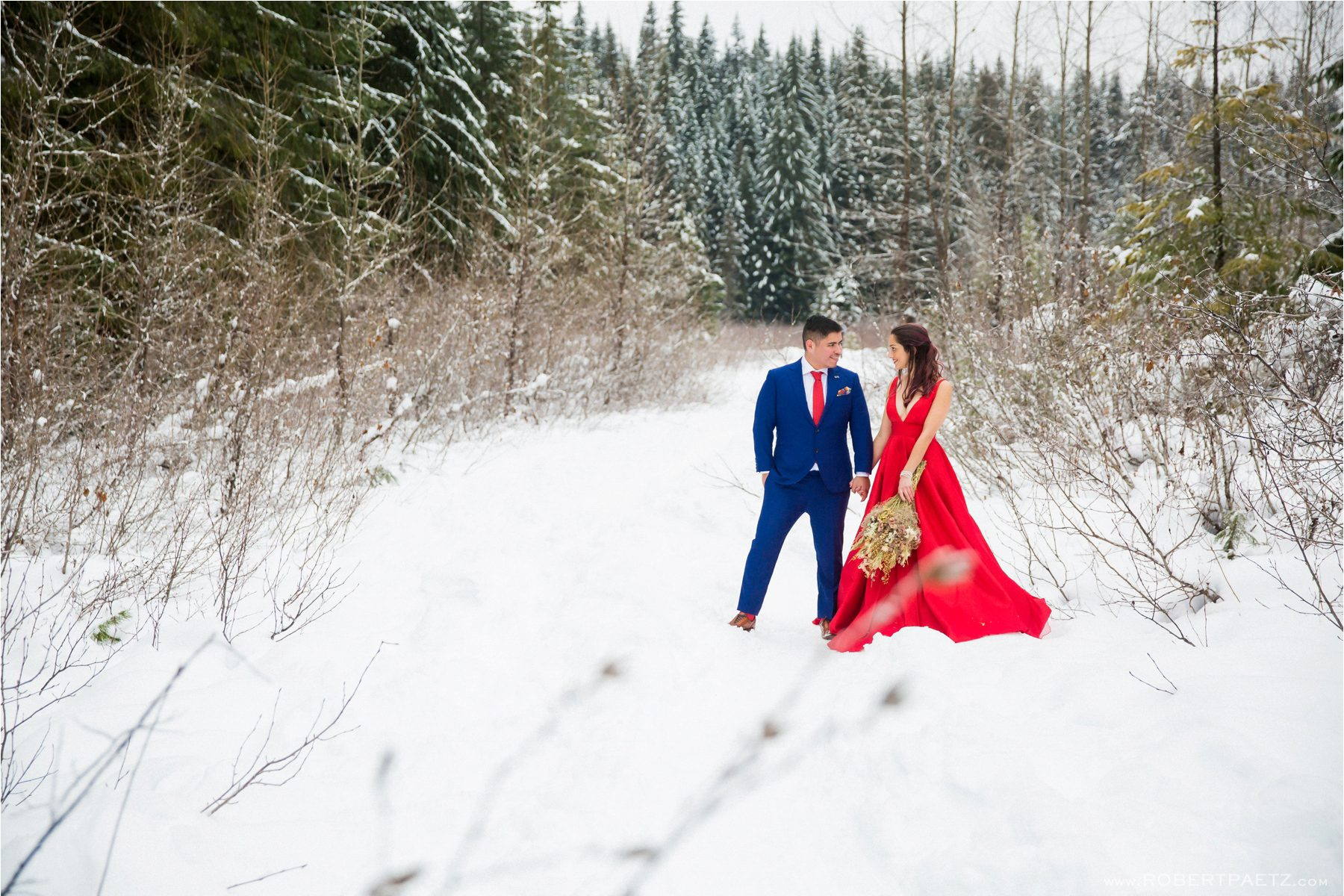 A winter themed seattle engagement photography session taken in the snow and downtown by the west coast wedding photographer, Robert Paetz.